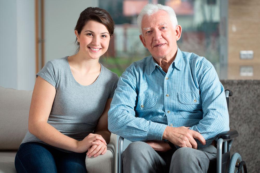 Cuidado de mayores: Uso de grúas domiciliarias