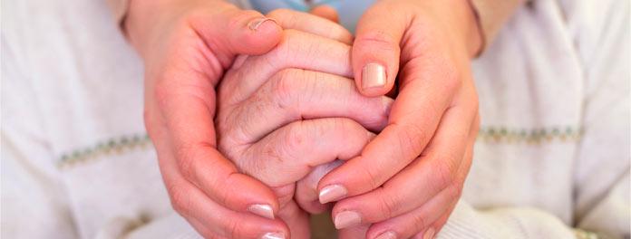 ¿Cómo ayudan las familias a un paciente con Alzheimer?