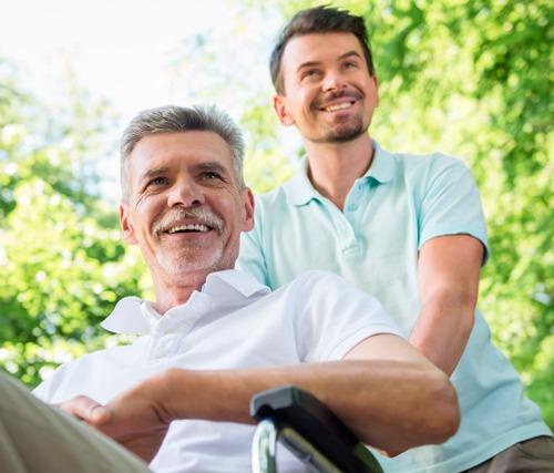 La importancia de tener un buen cuidador en la ELA