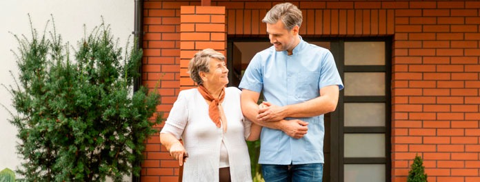Consejos para pasear con personas mayores