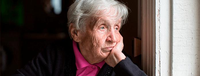 Soledad en mayores y coronavirus: cómo repercute en los más vulnerables